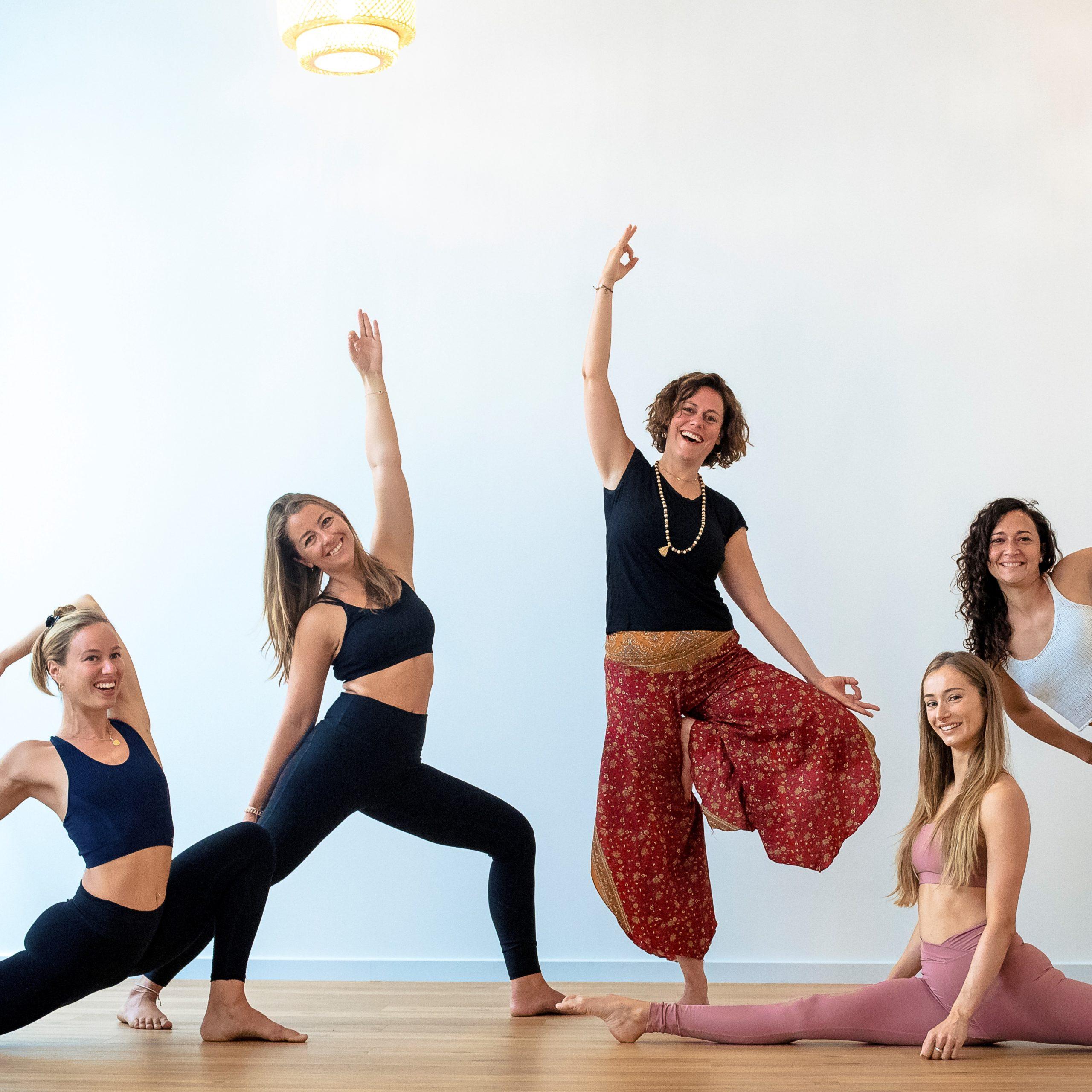 Les bases du yoga YOGA KORNER scaled